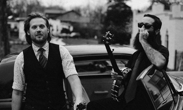 El fiddler Chance McCoy, junto con JP Harris, de gira por España
