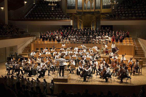 La Orquesta JOECOM de Madrid (Joven Orquesta y Coro de Estudiantes y Colegios Mayores) convoca audiciones