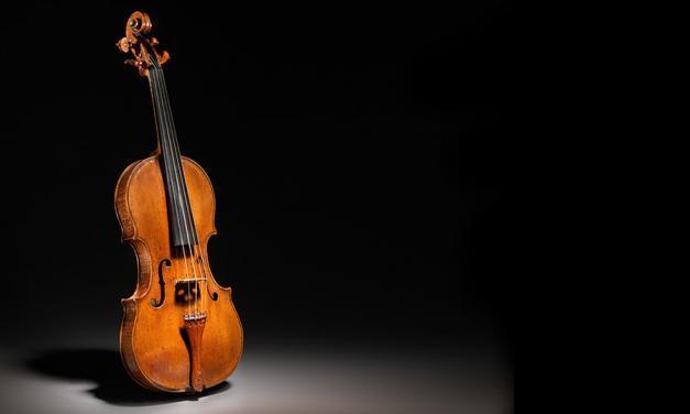 Luthier Vidal organiza una exposición de violines antiguos para profesionales