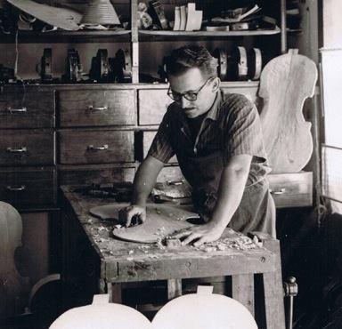 Fernando Solar González, luthier