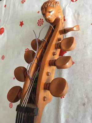 Violin 8 cuerdas JesusPepinGomez 7 ClavijeroCabezaLeon 1